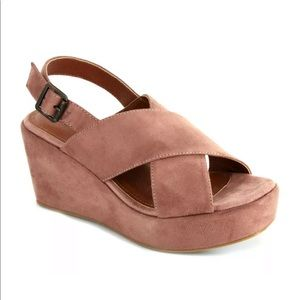 NWT Blush Pink Faux Suede Wedges